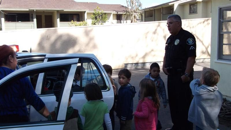 preschool-police-officer-visit-2