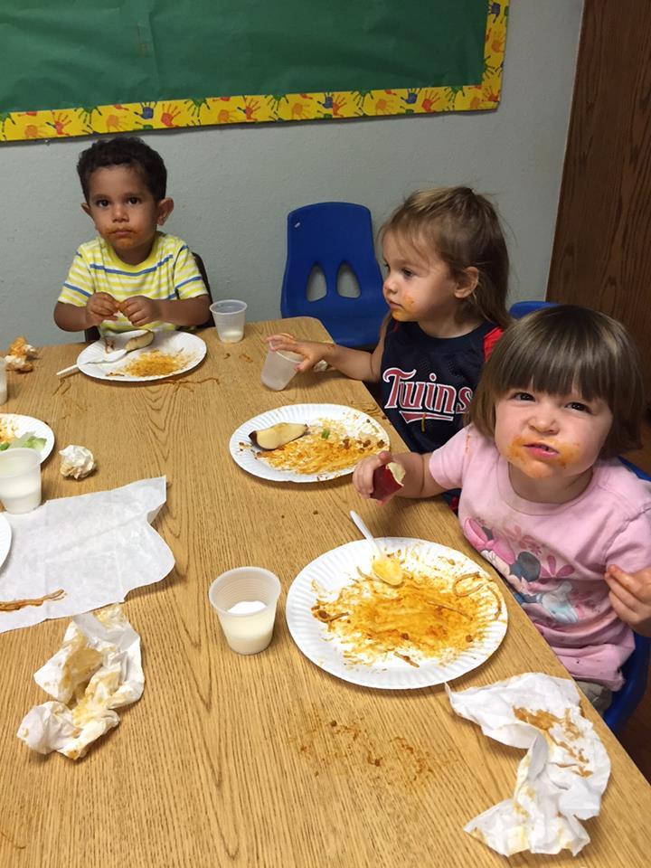 Childrens Village DayCare lunch (1)