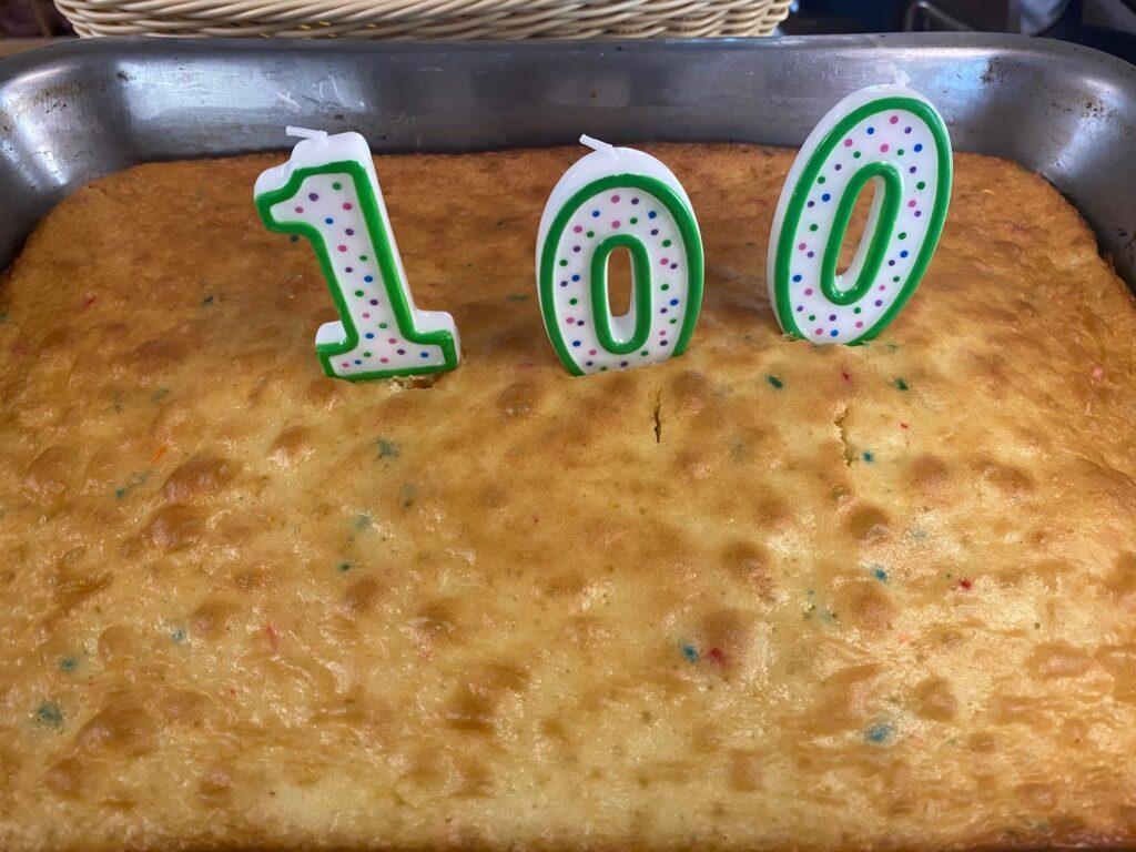 cake to celebrate 100 days